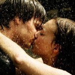 couple-kiss-love-rain-romance-romantic-Favim.com-64786