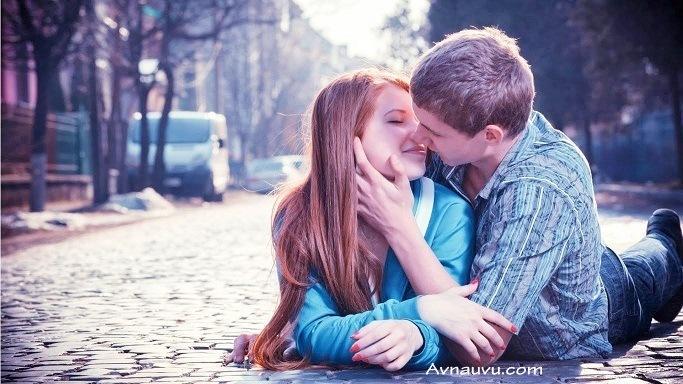 Love makes life Live